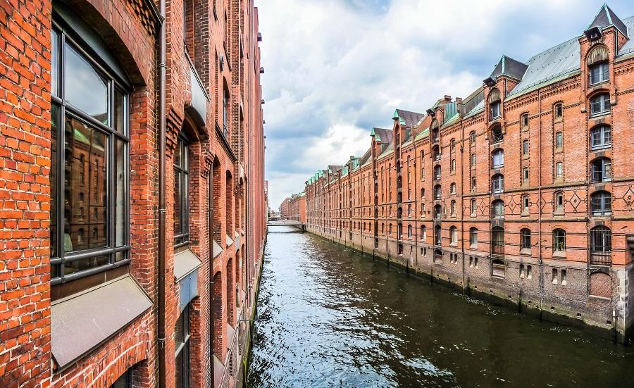 Hamburgo Alberga Alguno De Los Monumentos M 225 S