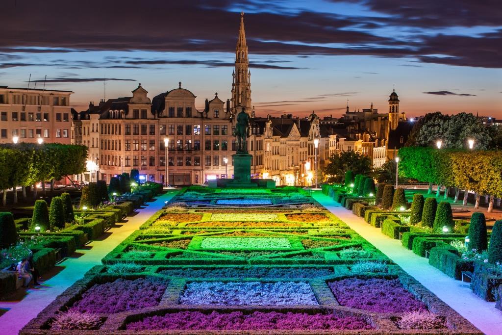 Viajar A B 233 Lgica Debe Llevarle A Visitar Bruselas Brujas